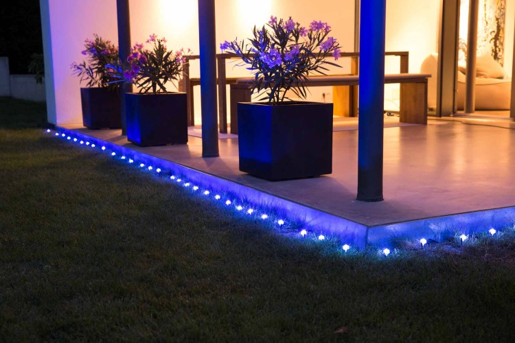 Lightify gardenspot mini rgb outdoor lighting review aloadofball Image collections